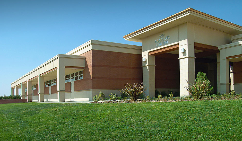 West Hills College Lemoore 200 Instructional Building